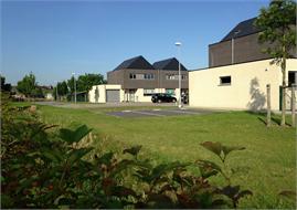 Bornem - Wegenis-, riolerings- en omgevingswerken wijk 'Priesterveld'