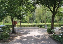 Bornem - Heraanleg parking Eikevliet